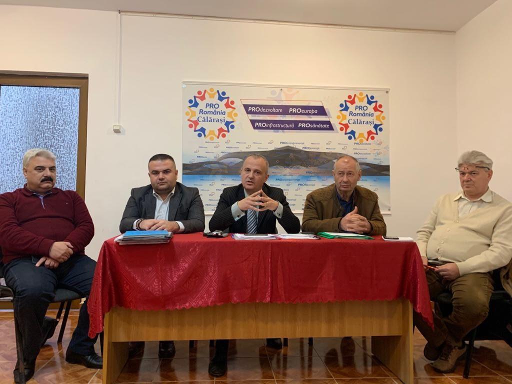 VIDEO. Pro România/ Răzvan Meseșeanu și Virgil Dumbravă prezintă noua echipă a partidului. Vor fi organizate alegeri interne în toate organizațiile teritoriale