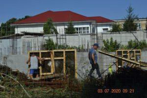 Surse: Grădiniță din Medgidia, ridicată prin muncă la negru, cu angajați ai Primăriei Curcani